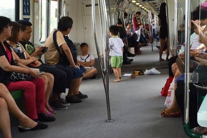 Boy Spits At Commuter On Mrt Train Latest Others News
