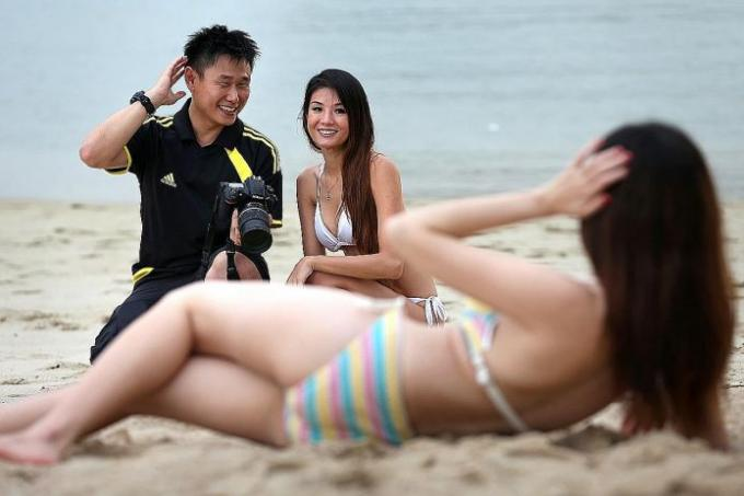 nude girls at singapore beach