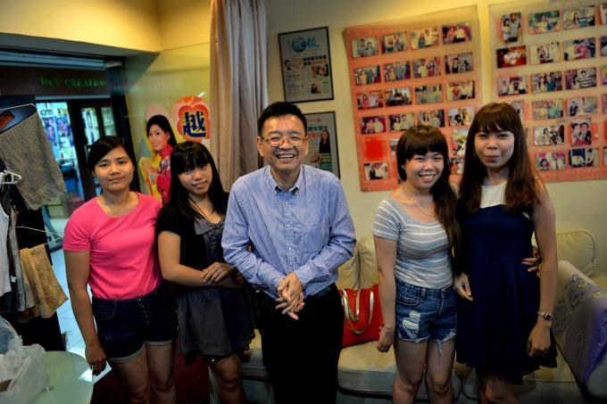 matchmaking agency Singapore kpop híresség társkereső hírek