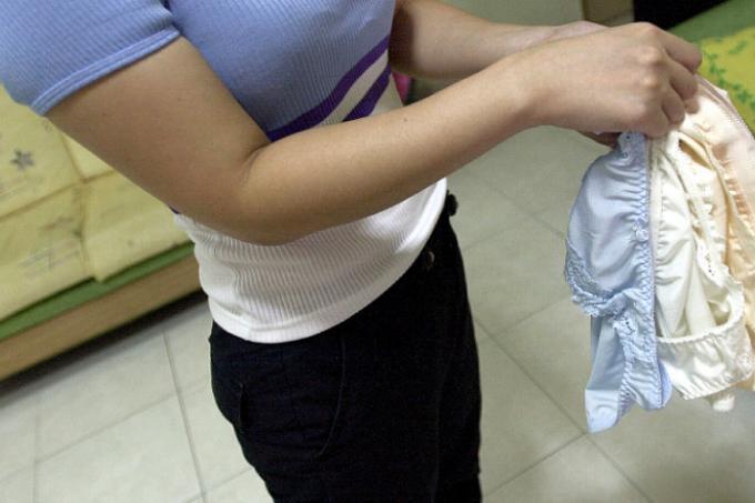 Stealing Used Panties 120