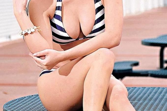 No More Sexpot Roles For E-Cup Actress Dada Chan, Latest -6393