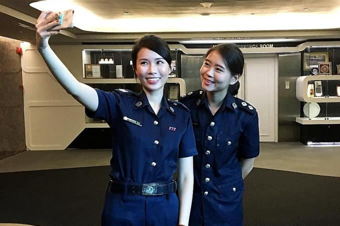 police officers dating