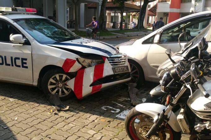 Police Cars Involved In Multi Vehicle Accident In Jurong