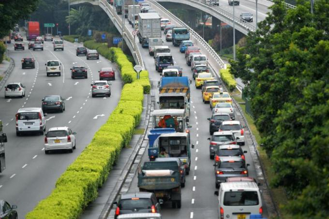 COE prices end mixed after falling in previous two tenders