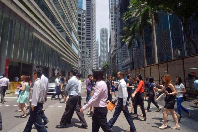Pay gap between management and employees widening: Study