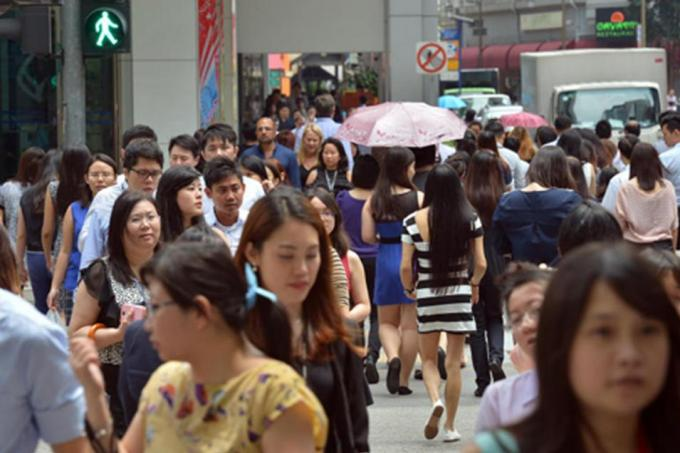 30% of fresh grads quit their first job within a year, Singapore