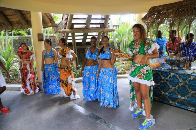 advantages of tourism in mauritius essays Advantages and disadvantages of tourism in mauritius essay, diversity is dissimilarities, differences, among people due to age, gender, race, ethnicity, religion research the college before writing the essay almost every school has its own identity and mission some universities even have a slogan.