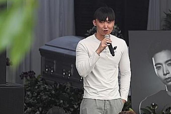 Family Friends Colleagues And Fans Bid Goodbye To Aloysius