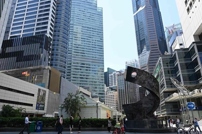 S'pore barely avoids technical recession