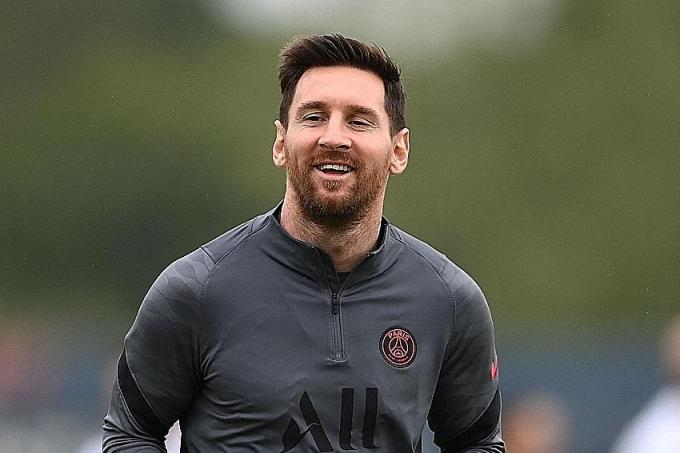 Pep Guardiola looking forward to facing off against Messi