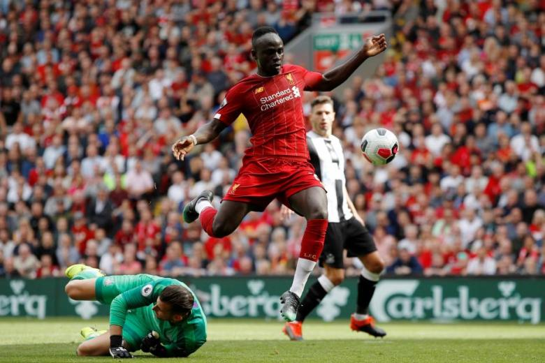 Mane the man of the moment as Liverpool stay perfect