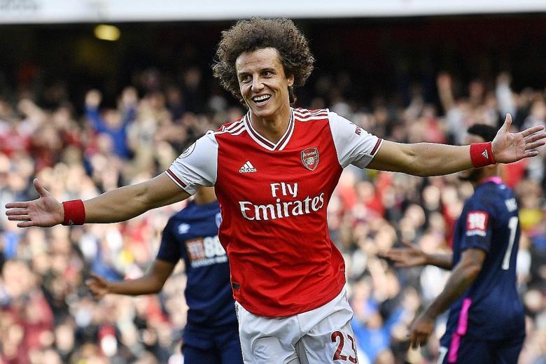 David Luiz's header sends Arsenal up to third
